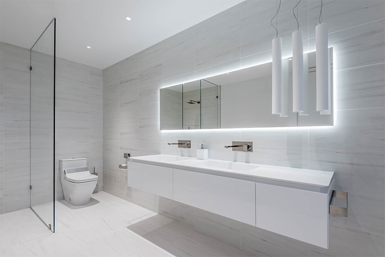 Newly constructed designer bathrooms in Des Moines, Iowa, USA ...